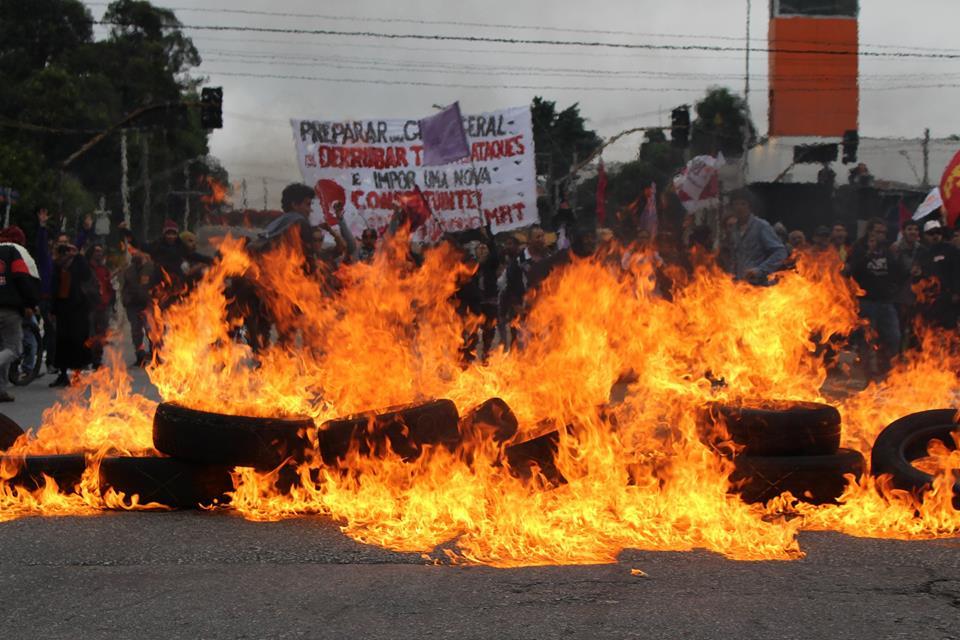 Brasile, gli operai bloccano tutto il Paese contro la riforma del lavoro