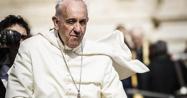 Papa Francesco: Il marcio che si ripresenta. Una breve storia dei Profitti del Papa e del suo Regno