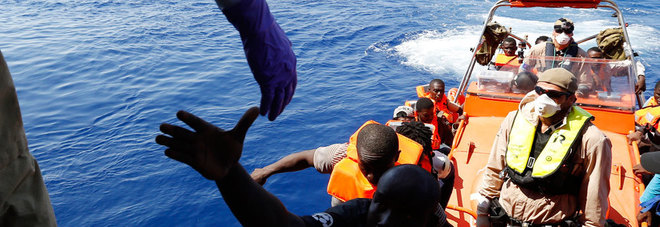 La speculazione di preti e mafiosi sui migranti