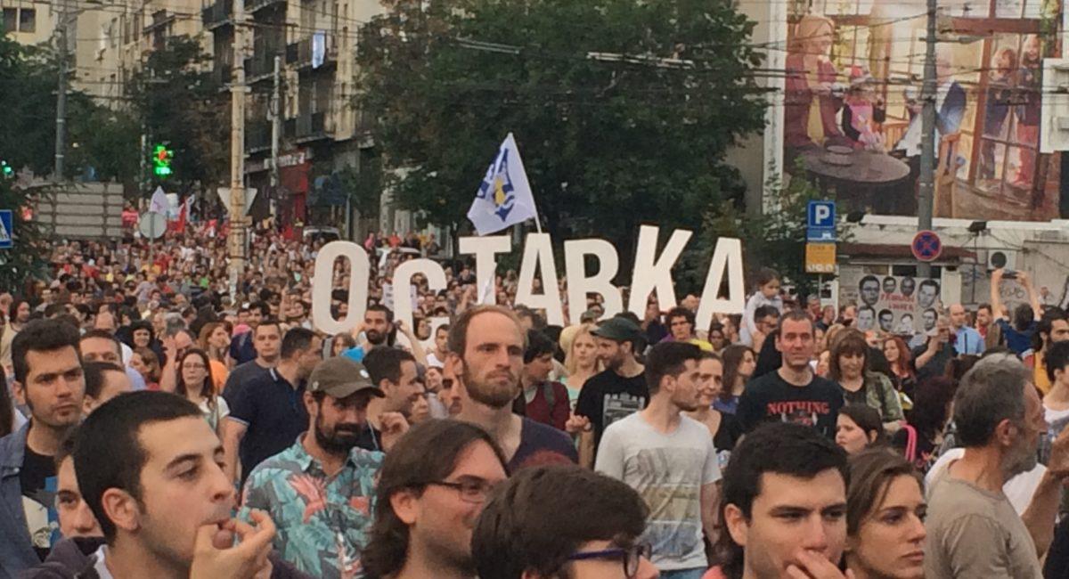 Serbia, manifestazioni di protesta contro il presidente Vucic