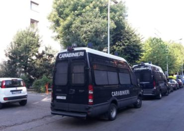 Sgombero di massa in via Gandusio, Bologna