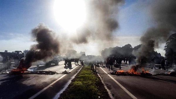 Nonostante i freni sindacali, scioperi e picchetti per tutto il Brasile!