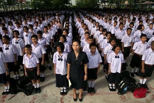 La scuola, ovvero la formazione dei nuovi schiavi al servizio del capitale