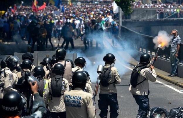 Venezuela: le ragioni economiche e politiche della crisi del bonapartismo chavista