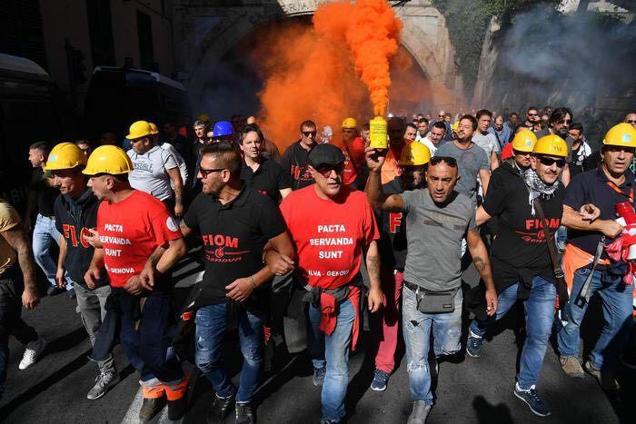 La classe operaia dell'ILVA tra il fuoco dei padroni e il tradimento delle burocrazie sindacali