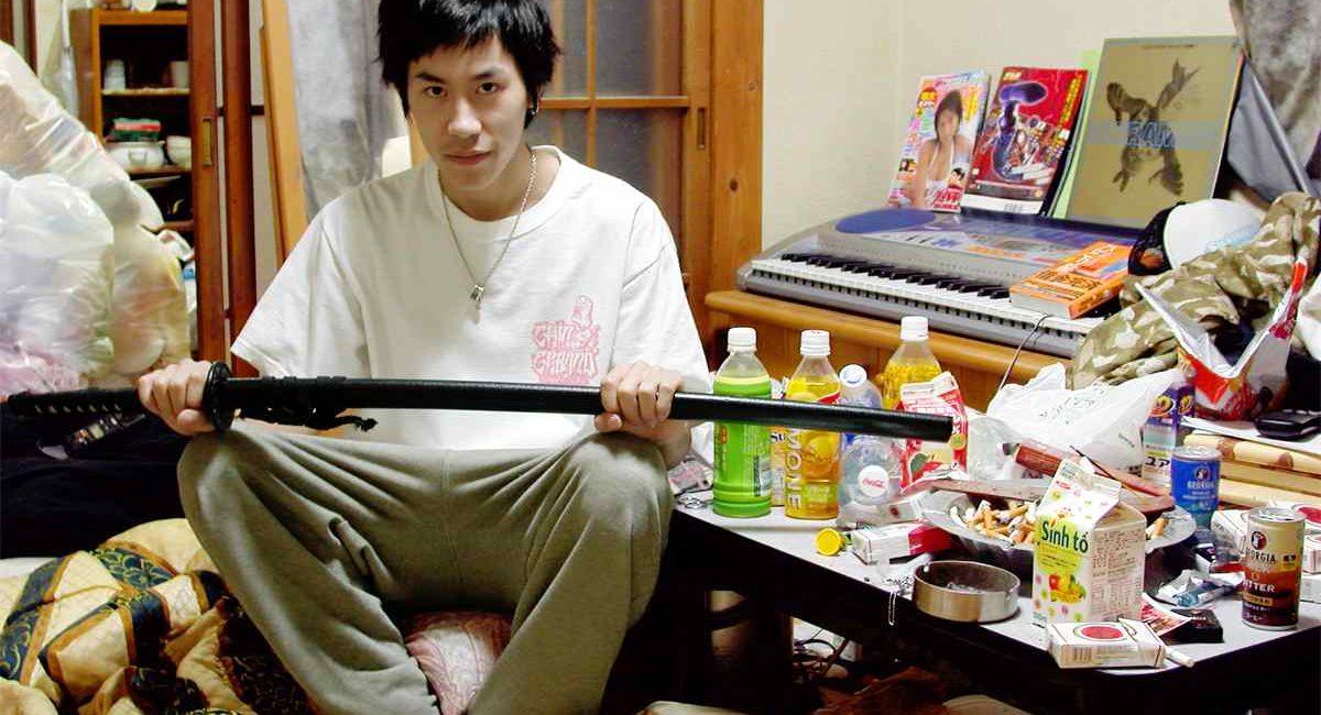 """Neet, """"inattivi"""" e hikikomori: l'esclusione sociale e la sua base economica"""