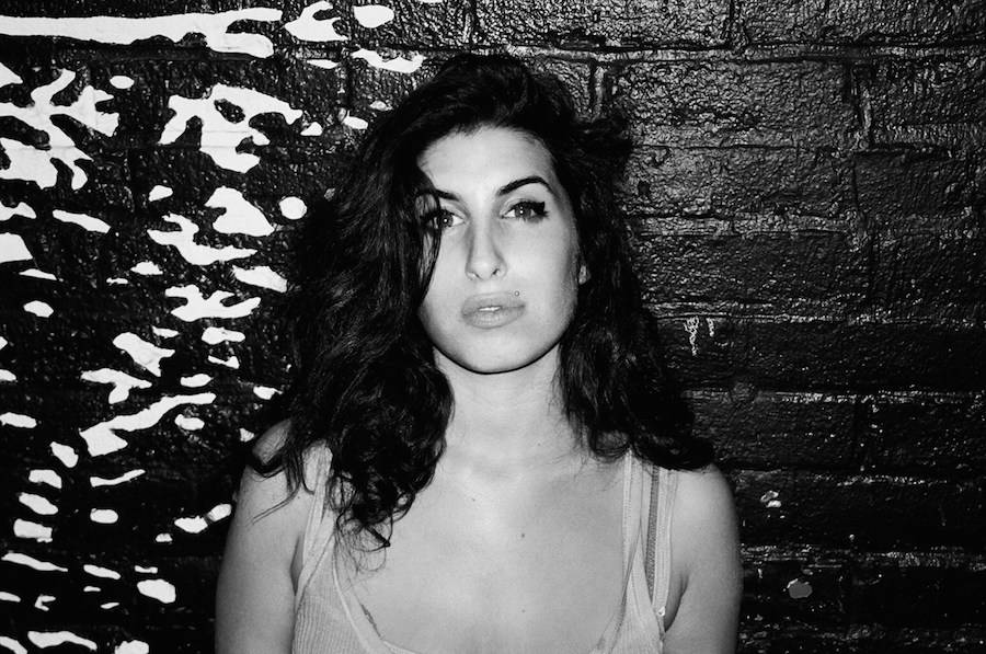 Amy Winehouse: la ragazza dietro la star maledetta