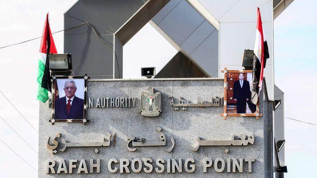 Hamas cede all'autorità palestinese il punto di passaggio alla frontiera egiziana