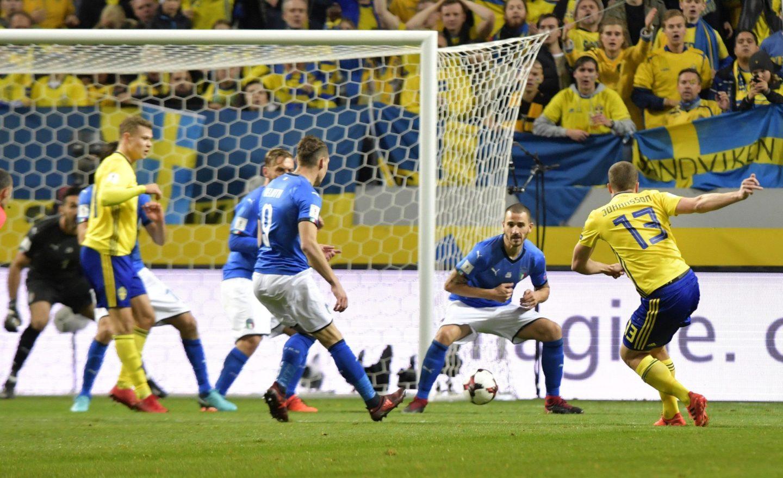 L'Italia fuori dai mondiali di calcio: i nazionalisti si schierano con l'italica razza