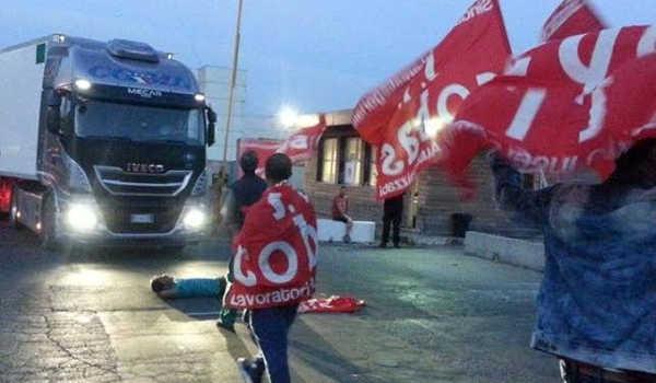 Il CCNL della logistica mette sotto attacco il diritto di sciopero