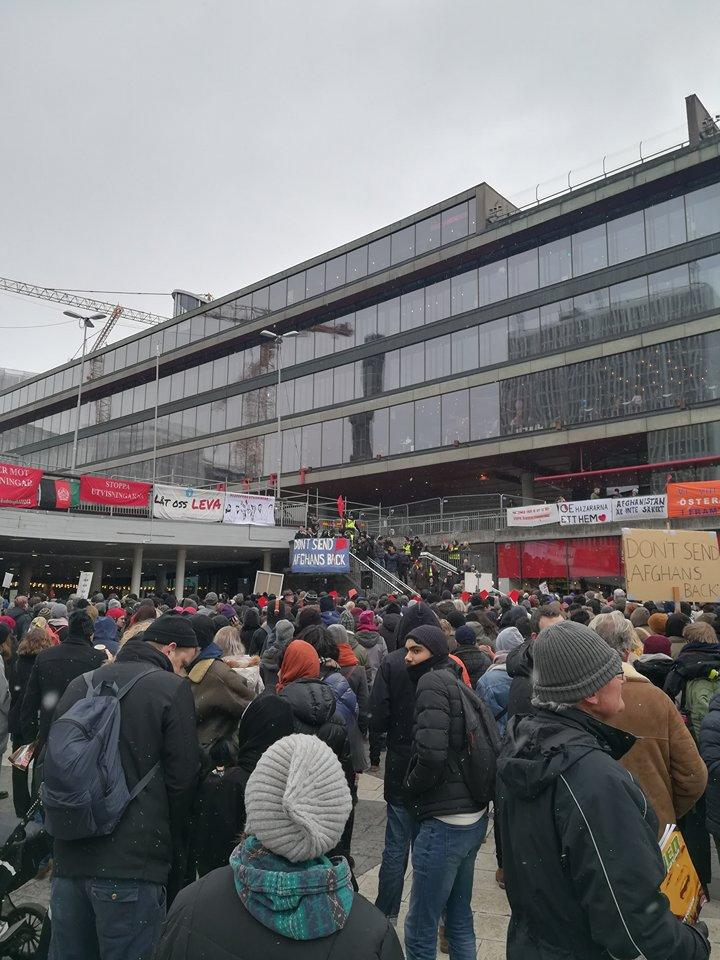 Manifestazione a Stoccolma contro le espulsioni degli Afghani