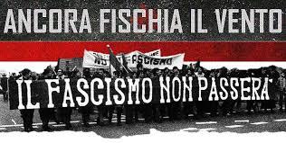 Accoltellato militante di Potere al Popolo a Perugia da 4 fascisti