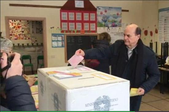 Bersani: chi di democrazia colpisce… #4marzo