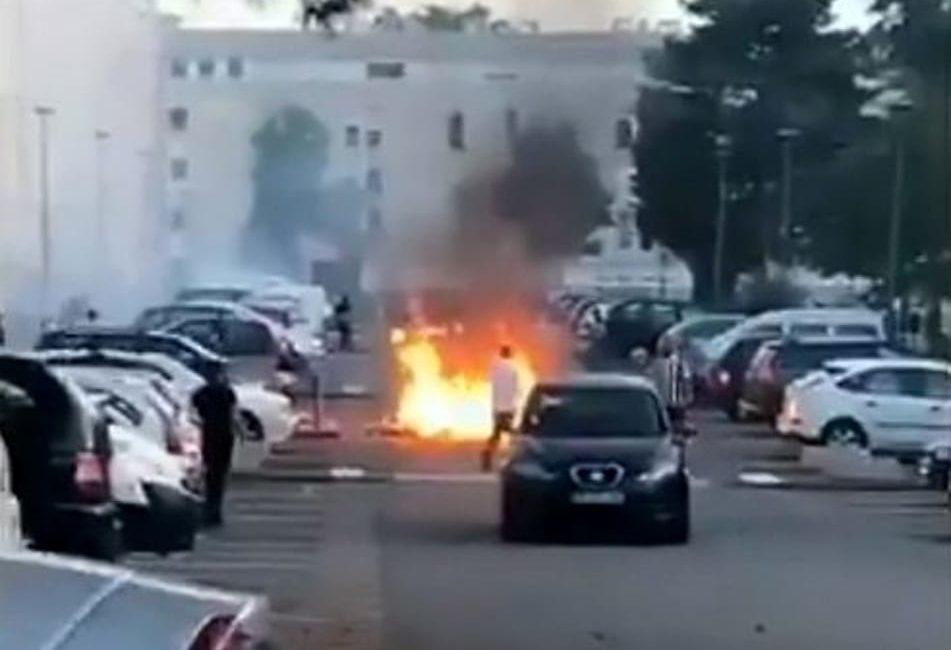 Francia: la polizia spara e uccide un ragazzo, notte di scontri a Nantes