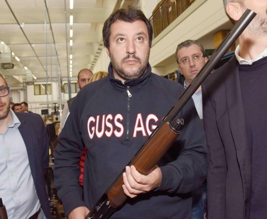 Italia verso il Far West: il D.L. 104 sul possesso di armi