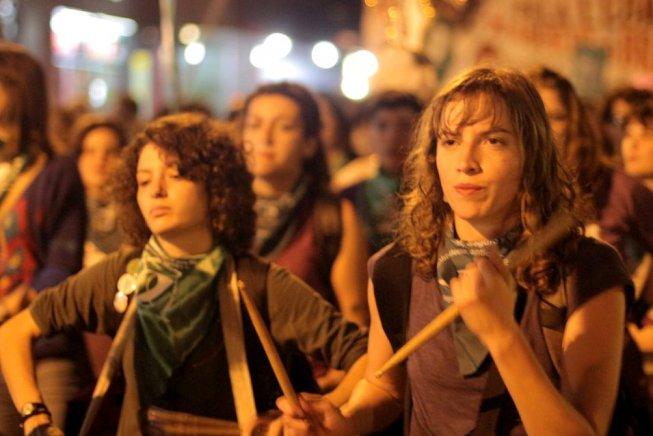 Elezioni in Brasile: a che punto è la lotta delle donne contro Bolsonaro?