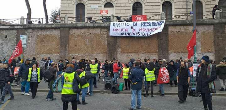 Libertà di movimento e diritto di residenza: presidi a Roma e in tutta Italia