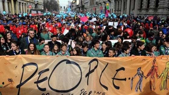 """Grande manifestazione antirazzista a Milano, ma verso quale """"opposizione""""?"""