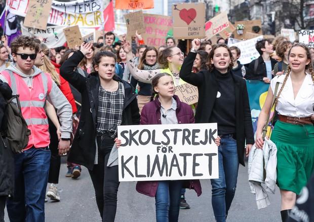 Inquinamento, sfruttamento, oppressione hanno la stessa radice: il capitalismo!