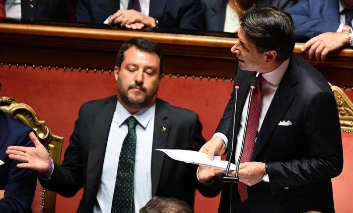 Conte rassegna le dimissioni, Salvini chiede a gran voce il voto