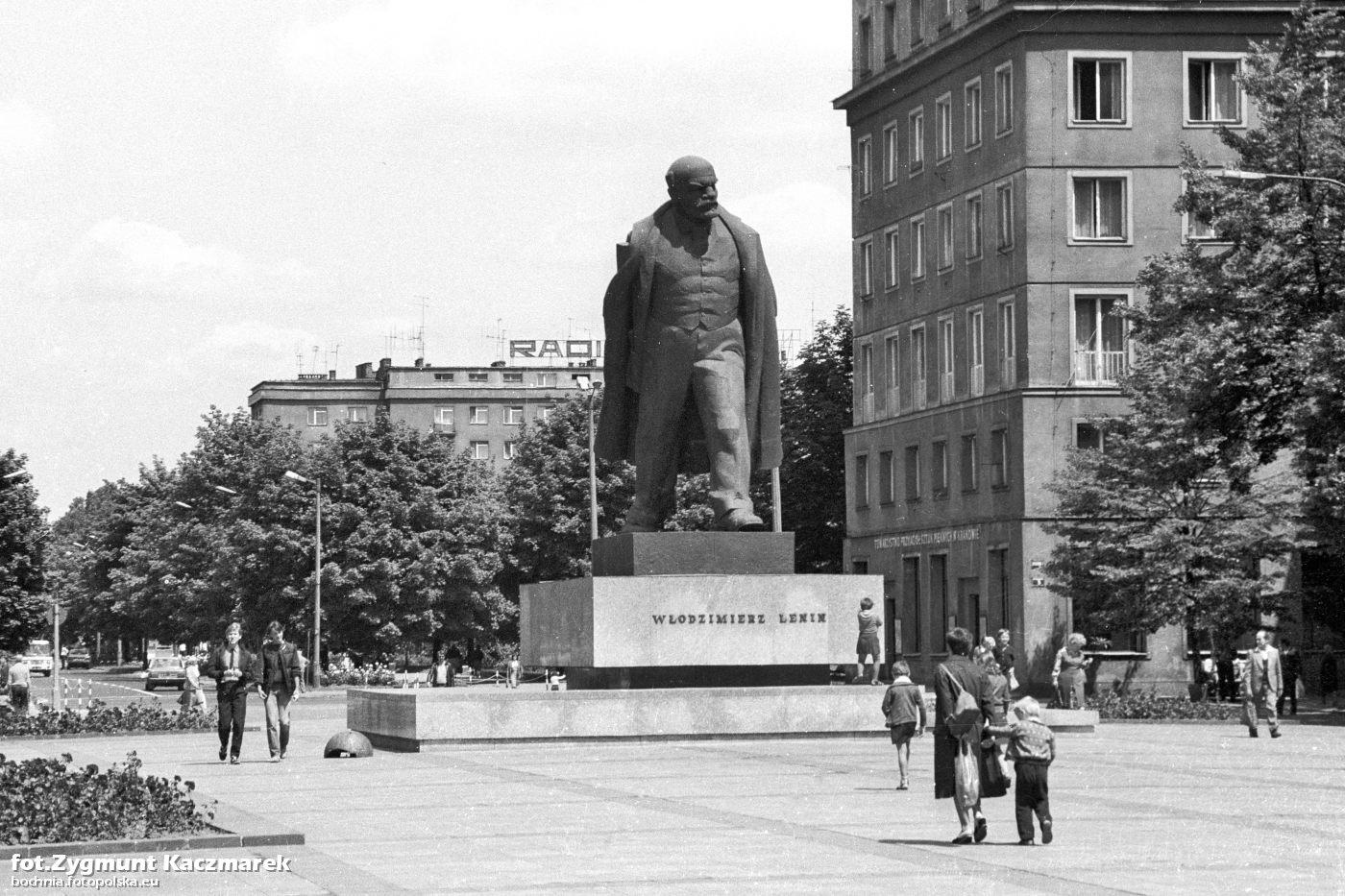 Il quartiere operaio di Nowa Huta e il giallo della statua di Lenin