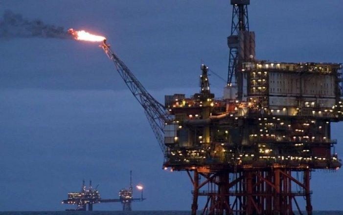 Dopo l'attacco iraniano, il prezzo del petrolio aumenta