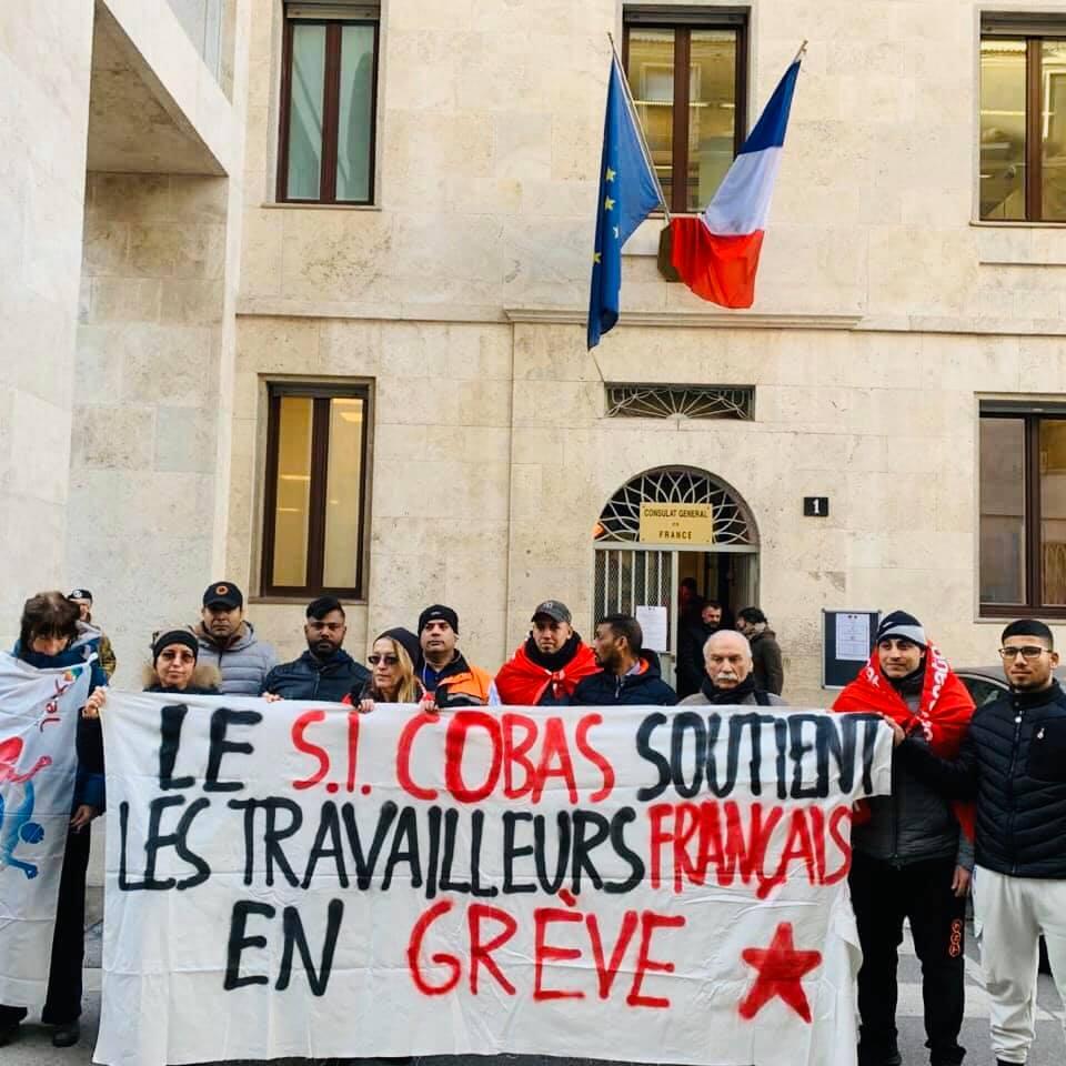 Solidarietà allo sciopero in Francia: presidi del SI Cobas a Milano, Bologna, Napoli [foto e video]