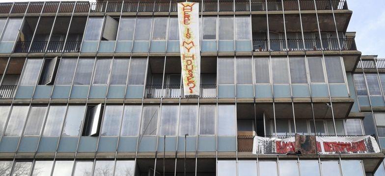 """""""Per restare a casa, una casa devi avercela"""". Intervista a Margherita Grazioli sul diritto all'abitare"""