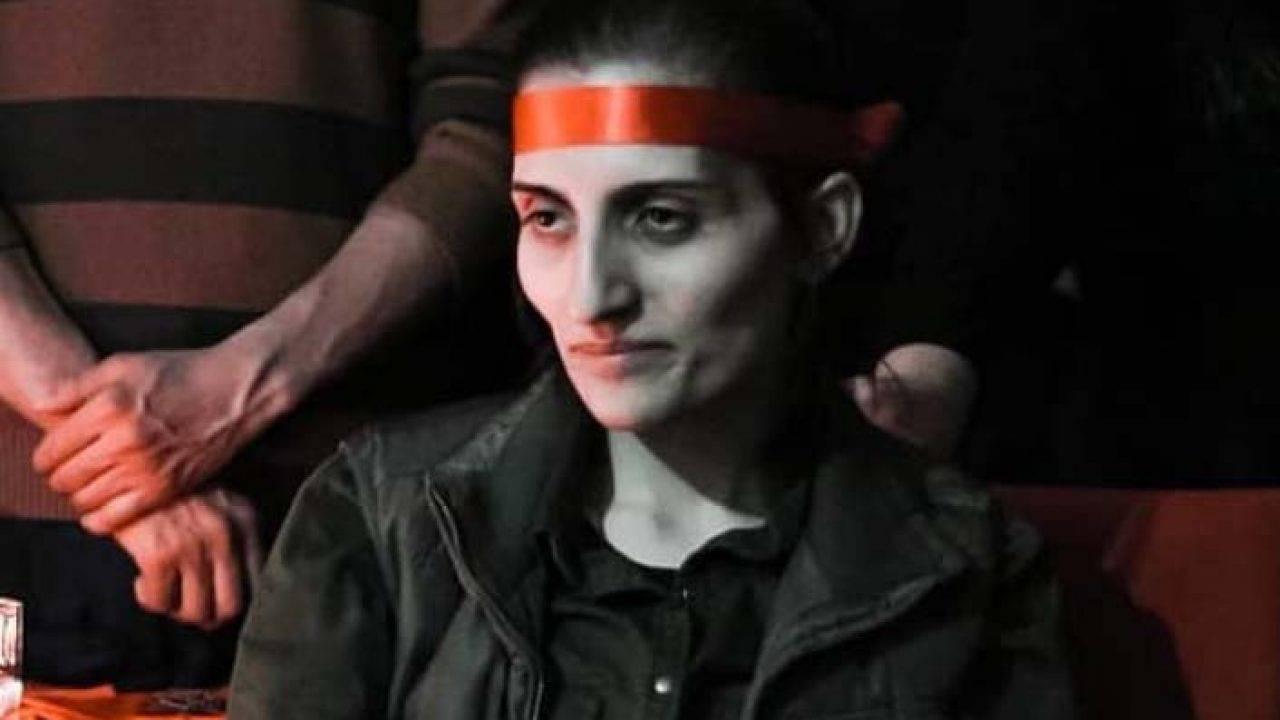 La lotta contro l'ingiustizia dietro la morte della cantante Helin Bölek