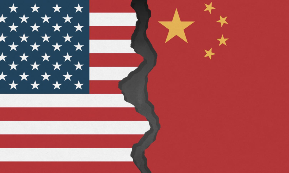 Incapace di contenere la crisi interna, Trump si lancia ancora contro la Cina