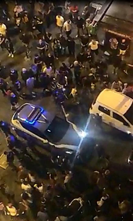 Napoli, arrestati tre attivisti di sinistra: basta abusi in divisa!