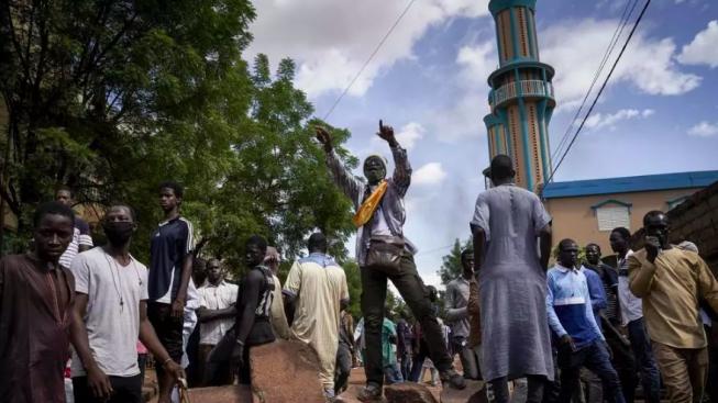 Mali. La repressione dei disordini per le dimissioni del presidente lascia 11 morti e 164 feriti