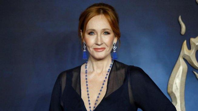 Nel suo nuovo libro, JK Rowling sviluppa apertamente il suo immaginario transfobico
