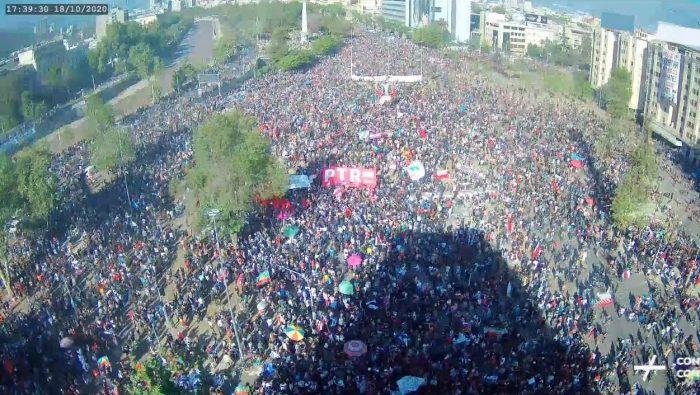La crisi e il ritorno nelle piazze: il Cile a un anno dalla grande ribellione