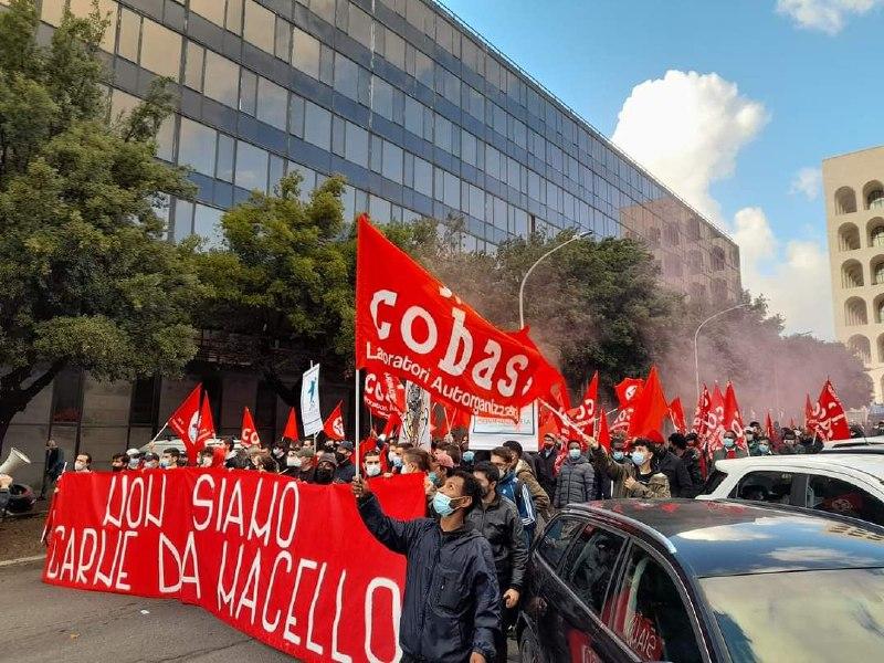 Manifestazioni del 24 ottobre: l'opposizione di classe è scesa in piazza contro Confindustria!