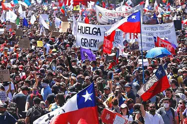 Per un fronte dei lavoratori nel processo costituente per dare impulso alla mobilitazione e allo sciopero generale. Fuori Piñera!