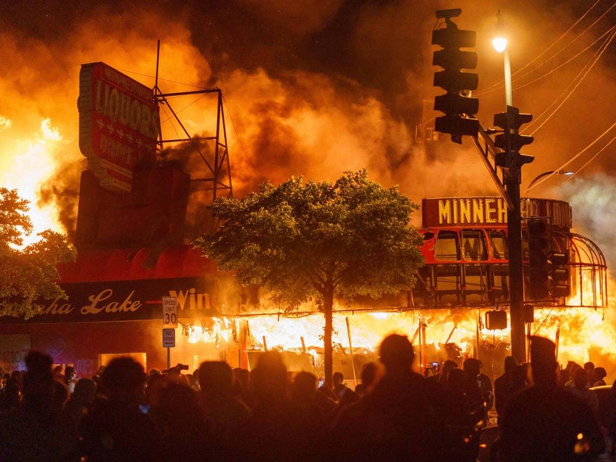 I riot negli USA: la lotta fisica è lotta politica
