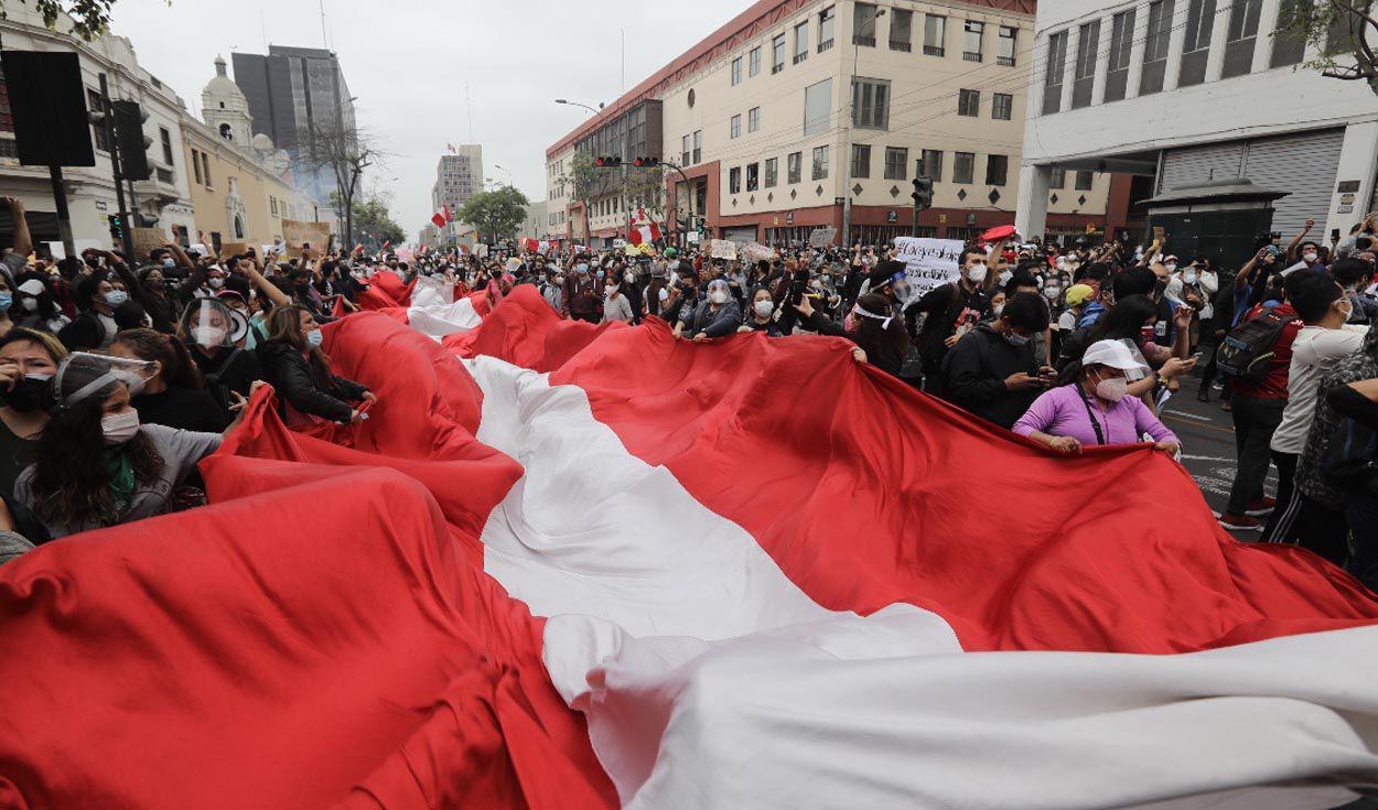 Fermento sociale e crisi di regime in Perù