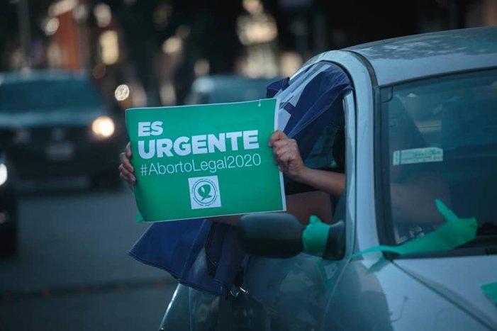 Aborto legale in Argentina: un giorno-chiave carico di aspettative