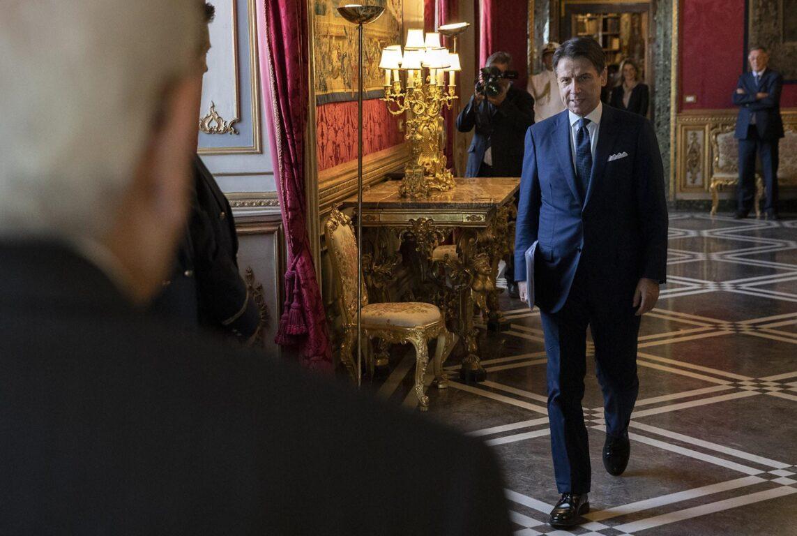 Tanta fiducia per nulla: Conte ha dato le dimissioni, ora consultazioni
