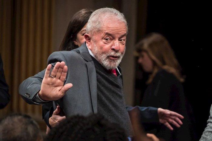 Brasile: sospesa la condanna a Lula