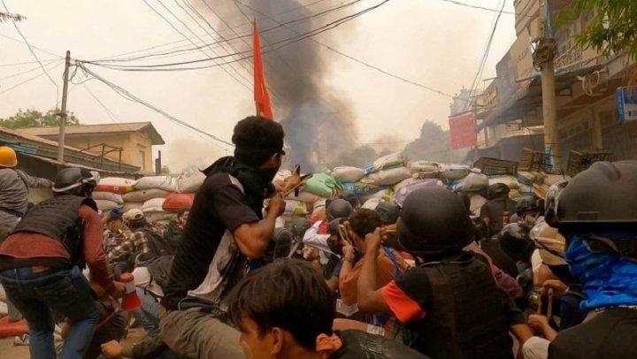 Myanmar: repressione militare, autodifesa, eserciti ribelli