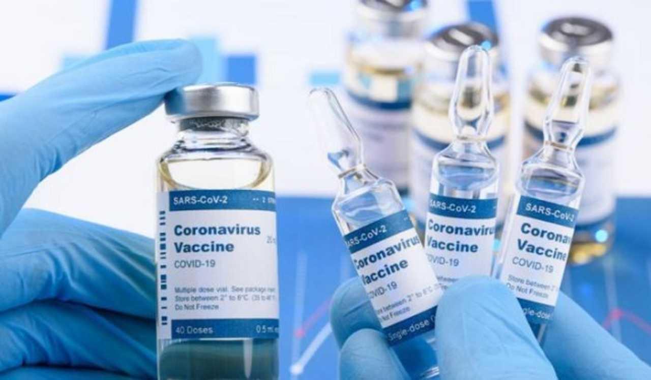 """Obbligo vaccinale e personale sanitario: da """"eroi"""" a """"untori"""""""