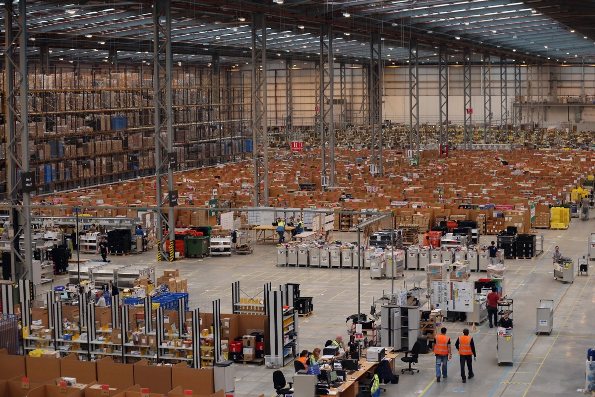 Amazon Colleferro: lunedì manifestazione degli interinali licenziati