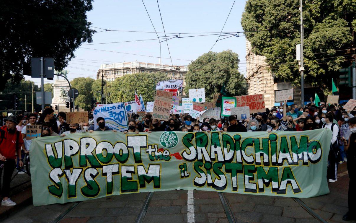 Sciopero per il clima: decine di migliaia in piazza in tutta Italia